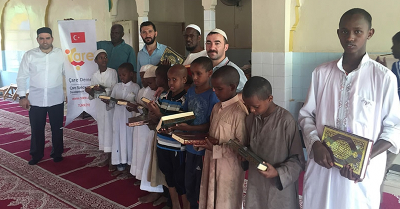 Holy Quran Distribution To Kenyan Orphan Students