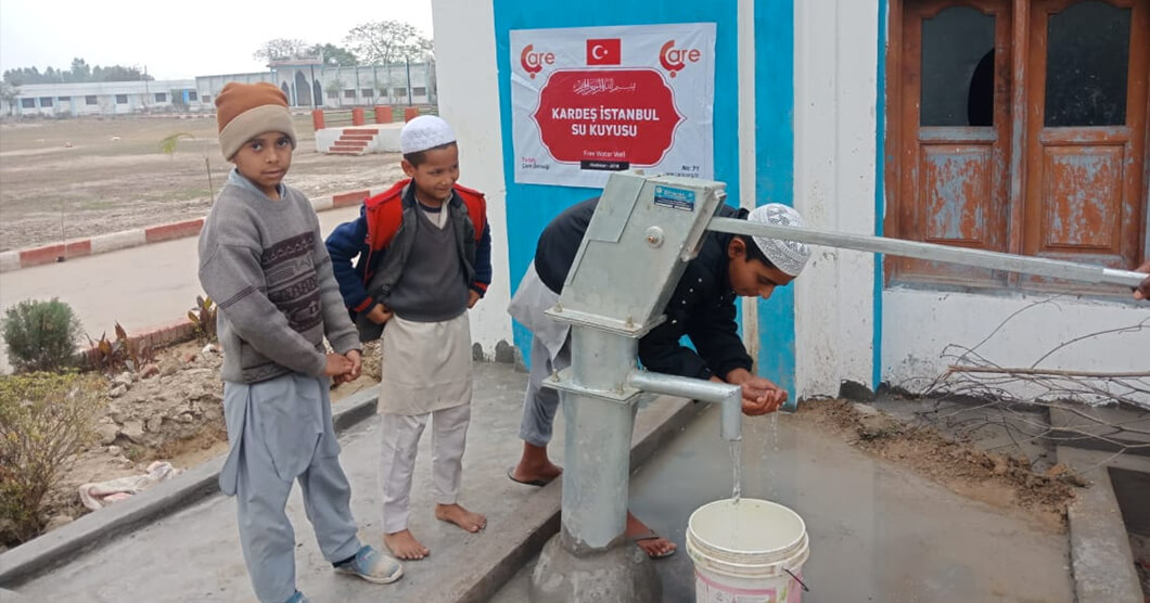 Istanbul Brethren Water-well opened in India!